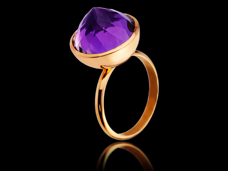 "Ring Cosmic ""Extase"" in 18K Gold Rose Gold with amethyste upside down"